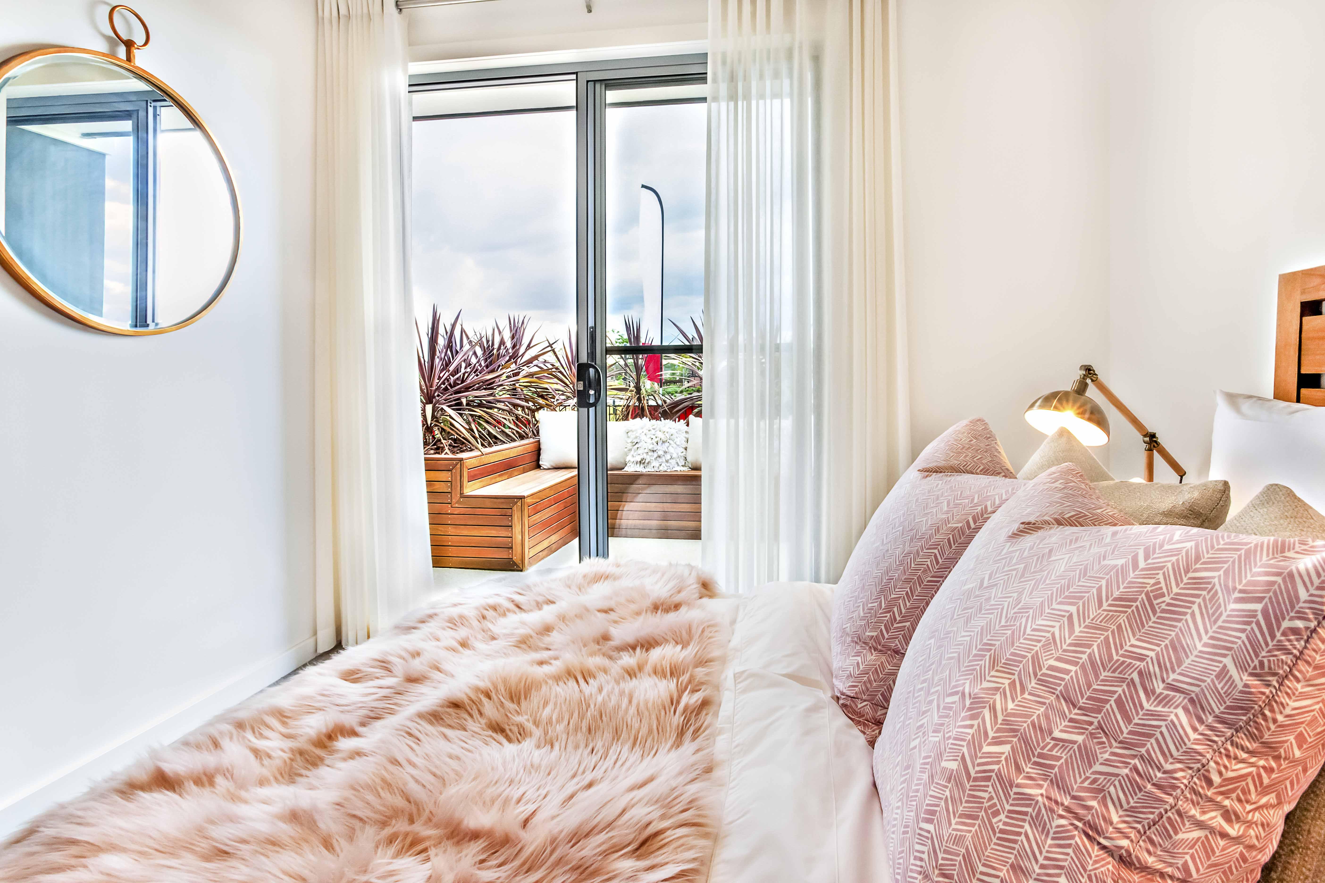 Descubre los tipos de cortinas más comunes para dormitorios