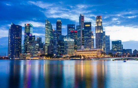 Estor enrollable serigrafiado con la ciudad de Singapur